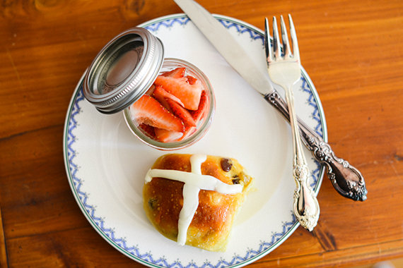 Hot cross buns for Easter breakfast | 100 Layer Cakelet