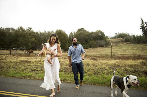 Rustic Maui family photos by Ashley Camper   100 Layer Cakelet