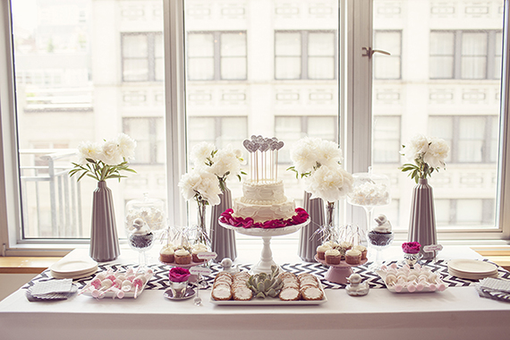 A modern new york spa themed baby shower baby showers for Baby shower modern decoration