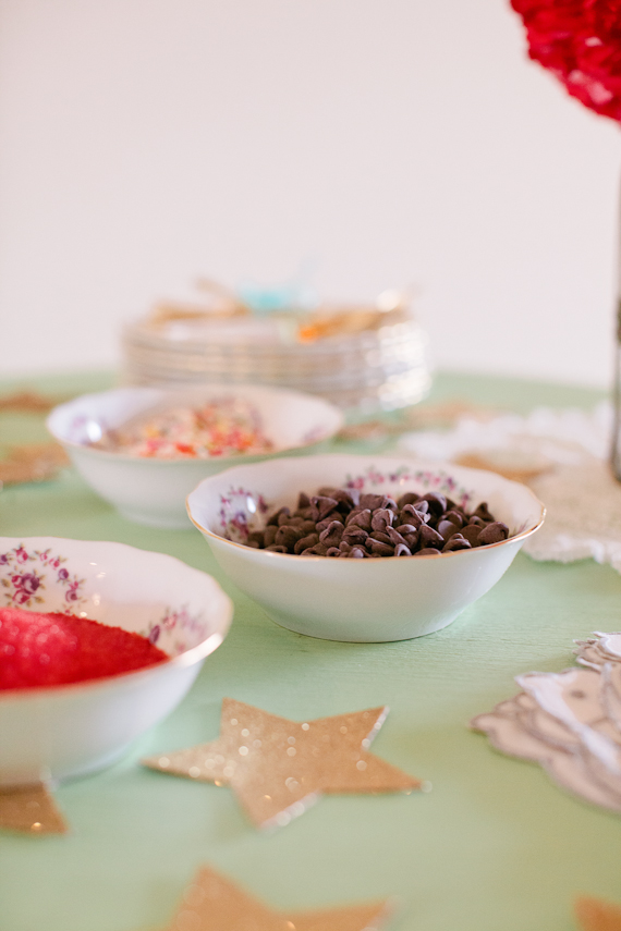 Peppermint fresh Christmas cookie party | Sweetest Celebrations | 100 Layer Cakelet