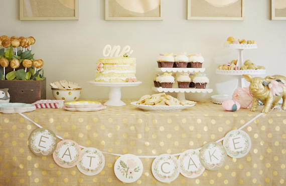 Botanical party 1st birthday by Nikki Kinowski | 100 Layer Cakelet