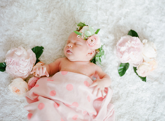 Winter newborn photos | JL Designs | Carmen Santorelli | 100 Layer Cakelet