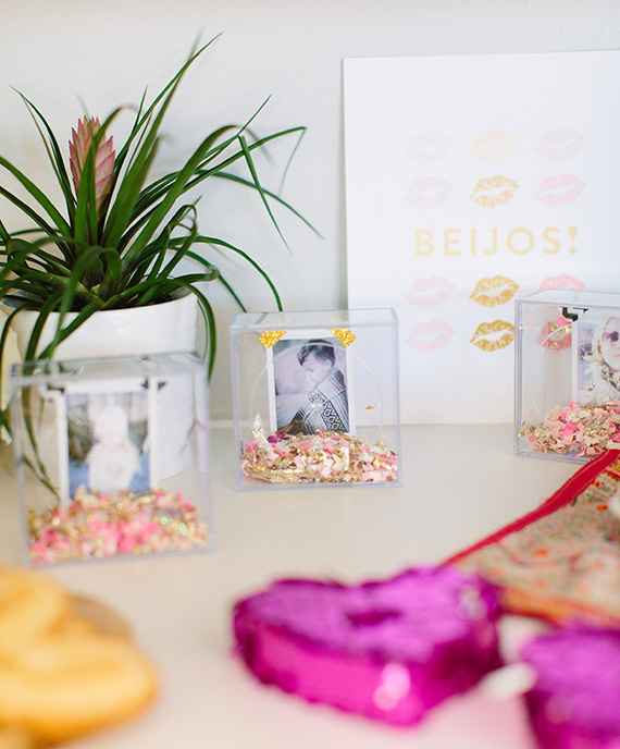 DIY instant photo valentine from Beijos Events | Meg Perotti | 100 Layer Cakelet