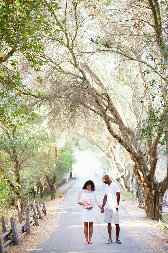 Woodland Hills maternity photos by Nicole Anderson   100 Layer Caklelet