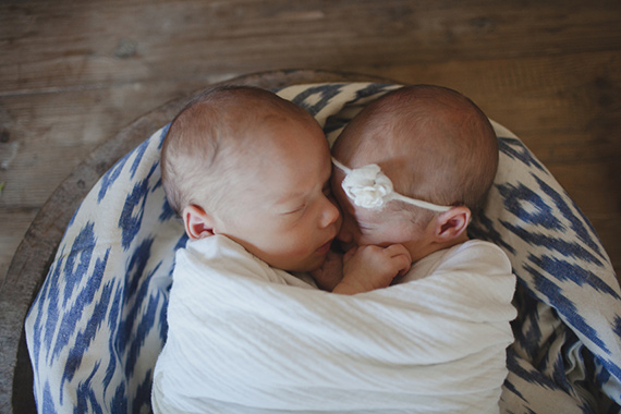 Twin newborn photos by Katie Purnell | 100 Layer Cakelet