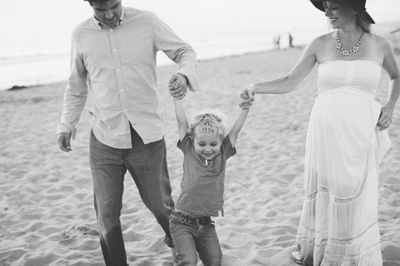 South Bay maternity photos at the beach by Amy Stone Photo | 100 Layer Cakelet