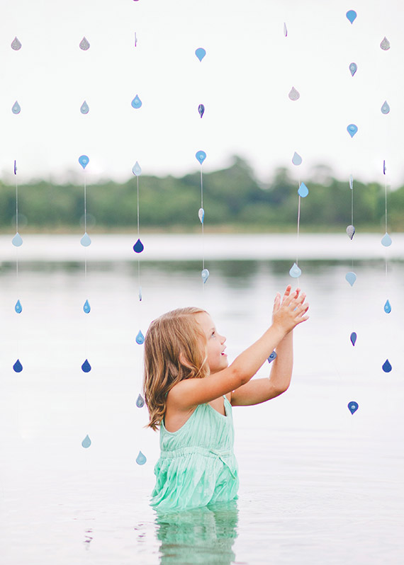 Rainy day portraits by Rachel Absher Photography | 100 Layer Cakelet