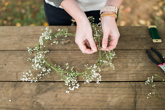 DIY baby's breath flower crown from Lauren W Photography | 100 Layer Cakelet