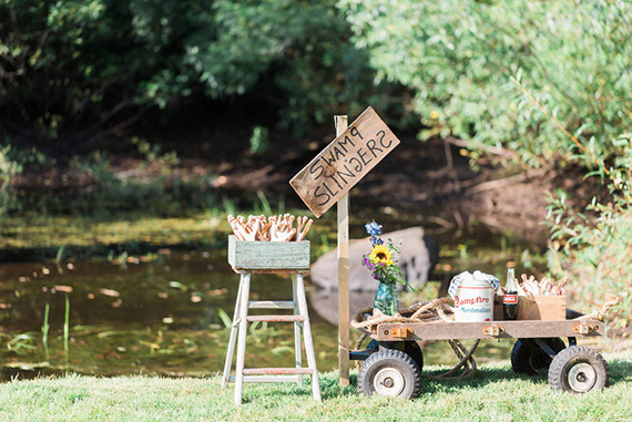 Huck Finn Adventure 6th birthday party by Jenny Cookies | Photos by KCB Photography | 100 Layer Cakelet