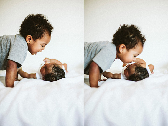 Sibling newborn photos by Justine Cajanding | 100 Layer Cakelet