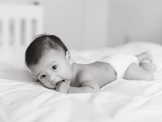 Beverly Hills newborn photos by The Great Romance Photo | 100 Layer Cakelet
