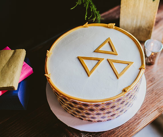Pink and gold geometric baby shower by LB Events and Wild Whim Photography   100 Layer Cakelet