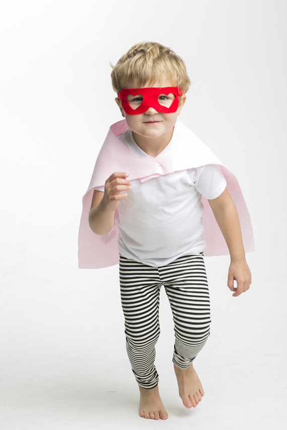 DIY Superhero Valentines | Photos by Scott Clark Photo | http://www.100layercakelet.com/?p=29602