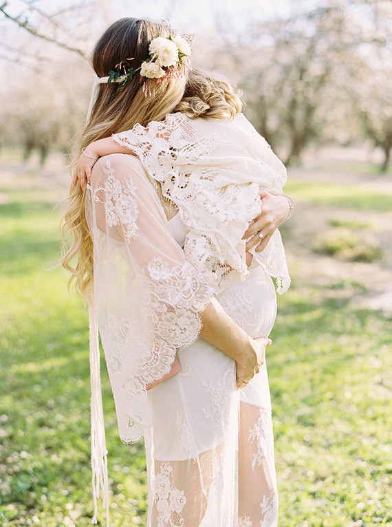 mother daughter cherry blossom maternity photos