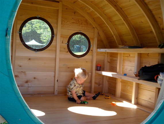 15 amazing diy backyard playhouses and treehouses
