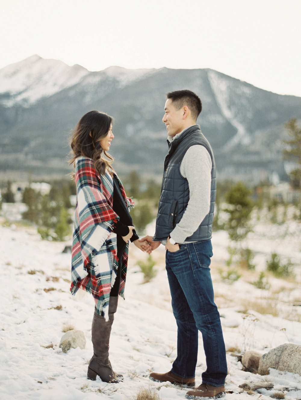 Dani-Cowan-Photography-Snowy-Colorado-Mountain-Maternity-Photoshoot16_WEB