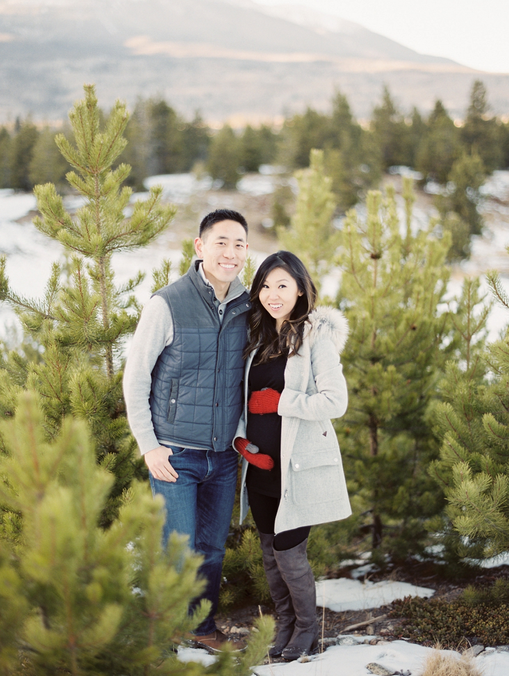 Dani-Cowan-Photography-Snowy-Colorado-Mountain-Maternity-Photoshoot41_WEB