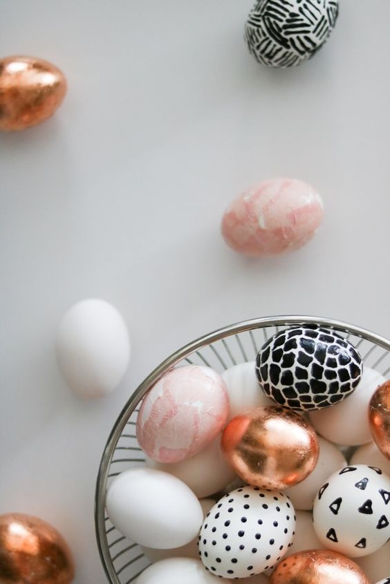 Modern Easter egg DIY by Lily Ardor