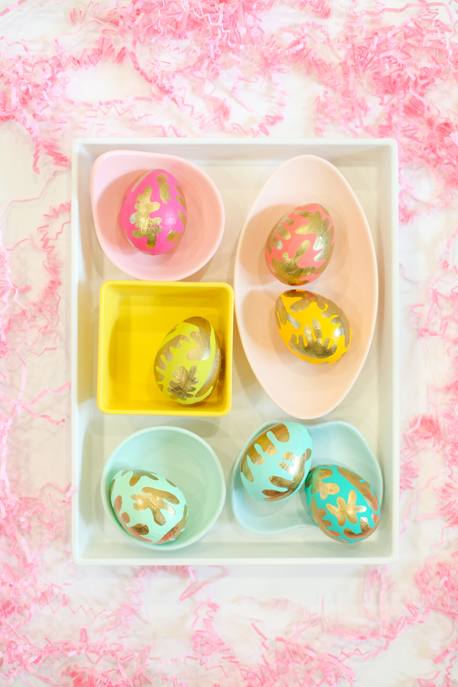 DIY Easter eggs by Lovely Indeed