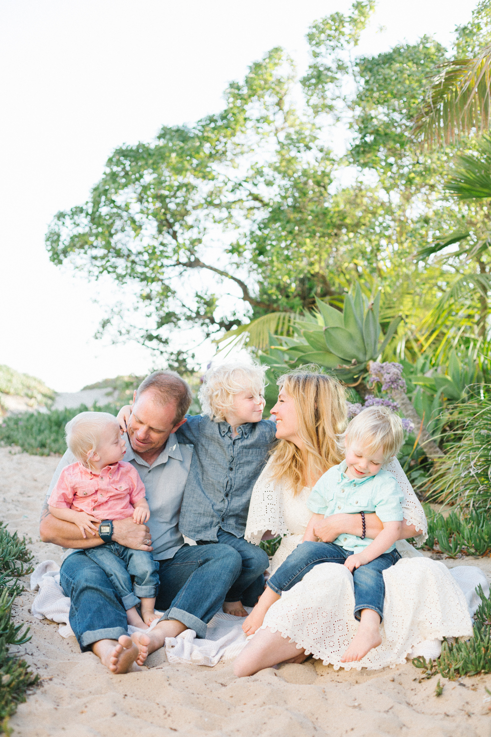 10 tips for your next family photo session with Alison Bernier