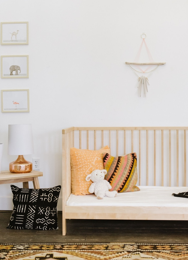 Bohemian-pillows-in-baby-nursery