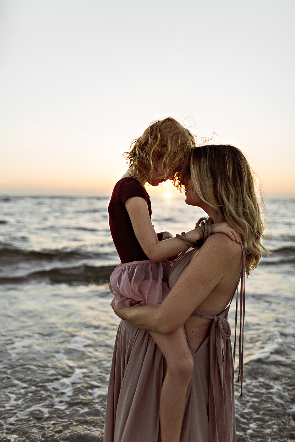 Sunset maternity photos in Florida